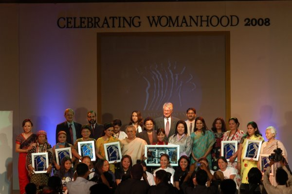All the nominee of Celebrating Womanhood 2009